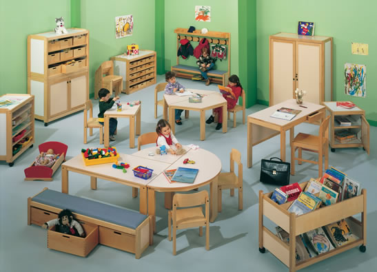 wiki cat mobilier scolaire aires de jeux creches associations. Black Bedroom Furniture Sets. Home Design Ideas